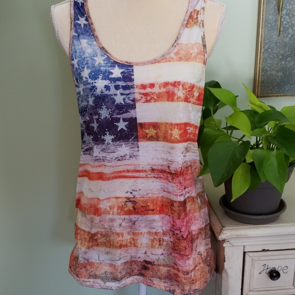 brandy melville cream lace up v-neck bethany tank top NWT sz S//M Last one